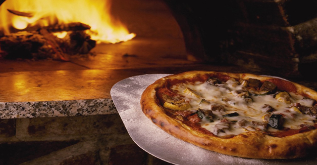 Pizza And Martini Night! | The LOOP Blog