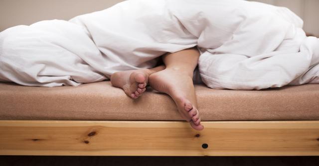 12 Ways To Sleep With An Insulin Pump | The LOOP Blog